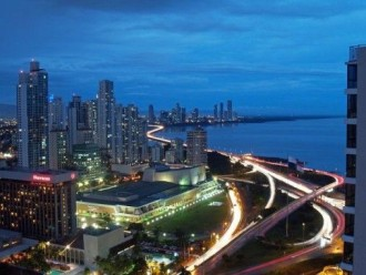 Panama will grow over 7% in 2014. The champion of economic growth in Latin America.        Credit: SaavedraVS. Wikicommons