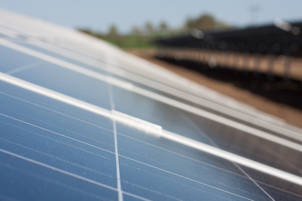 solar-cells-191688_960_720