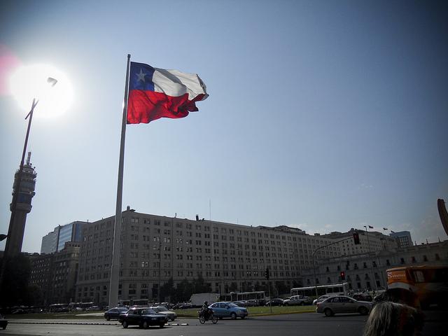 Chile continues to the Latin American labor market champion. Photo: Kim Jones/Flickr