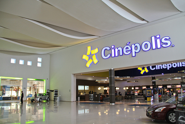 Cinépolis is one of the firms that created the most jobs in the past year. Photo: Kimco Realty/Flickr (CC by -ND 2.0)
