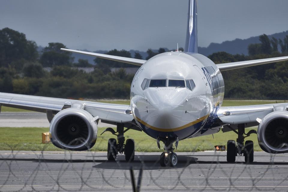 aircraft-994946_960_720