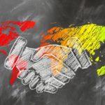 shaking-hands-2499628_960_720
