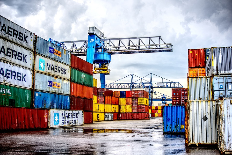 container-2687008_960_720